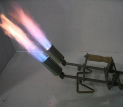 מבערי גז בפעולה